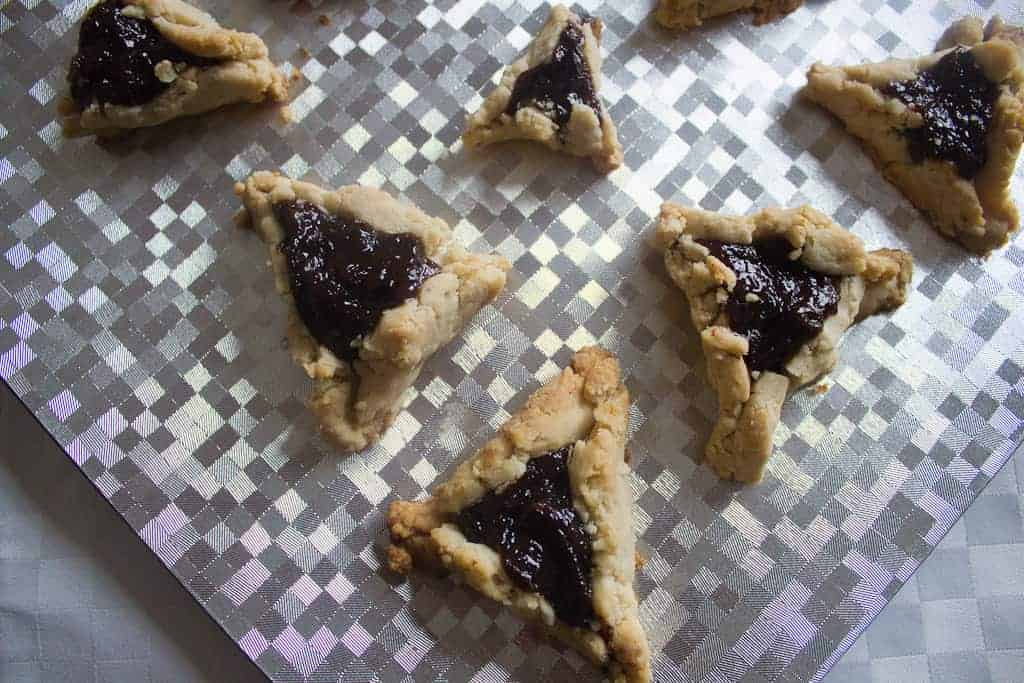 a plateful of prune hamantaschen