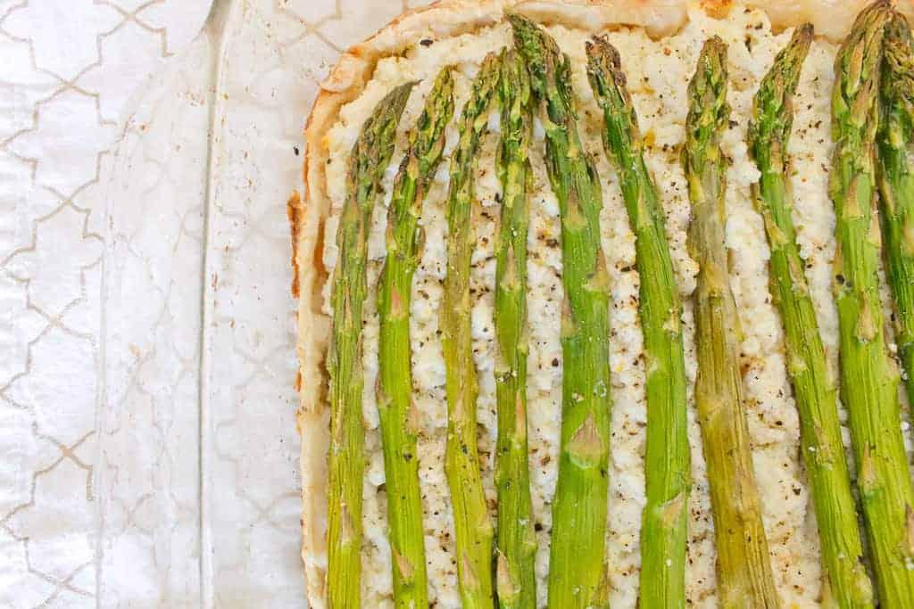 asparagus and ricotta tart resting