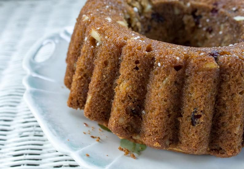 almond cranberry cake side