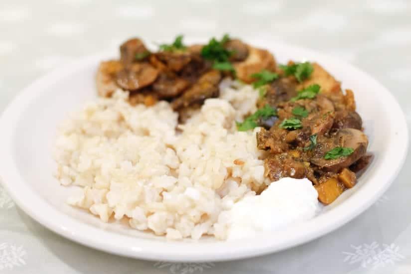 Tofu in creamy zucchini mushroom sauce 16
