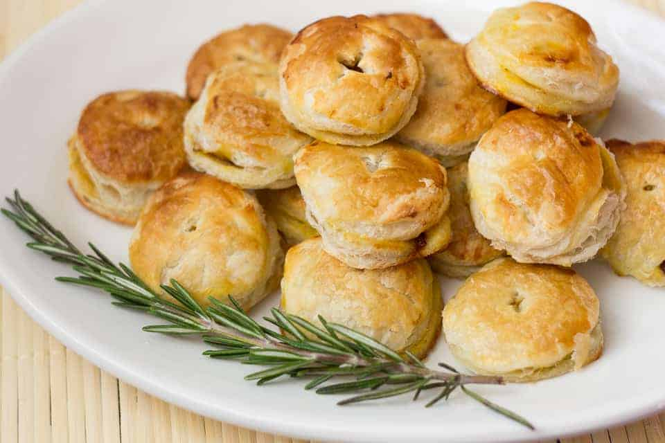 Pumpkin and caramelized onion puff pastry pockets