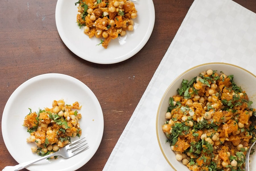 My take on this Tunisian Tirshi squash salad involves big chunks of roasted squash, mixed with creamy chickpeas, sharp garlic and lemon juice.