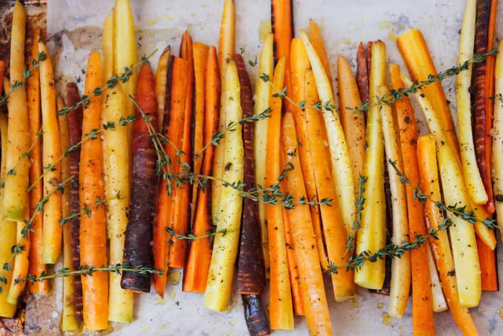 Blog146_Img15_Middle Eastern roasted carrots with olives, harissa, preserved lemon and Natursource salad topper