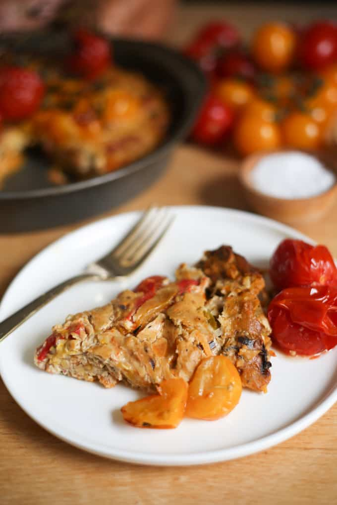 Roasted pepper and tomato vegan quiche with sweet potato crust