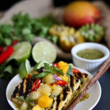 Thai seared tofu in kiwi, ginger and chili marinade with mango kiwi salsa