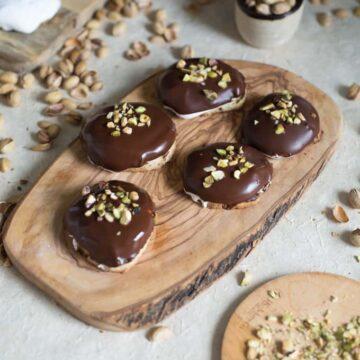 Israeli gluten-free krembos