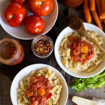 Chunky canned Italian tomato sauce