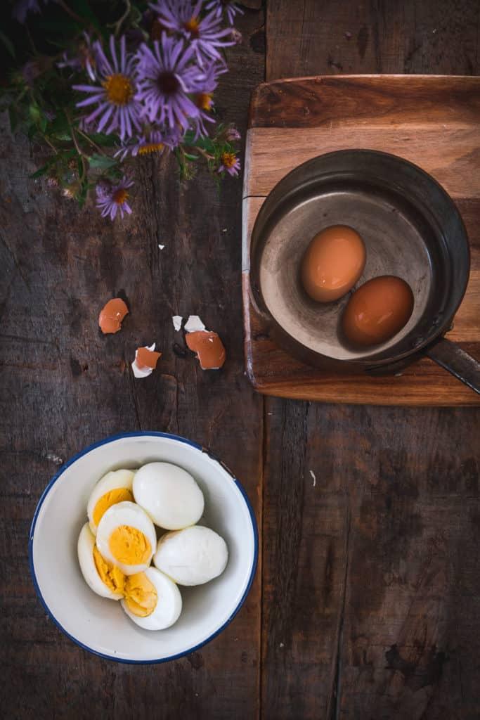 flatlay of hard-boiled eggs