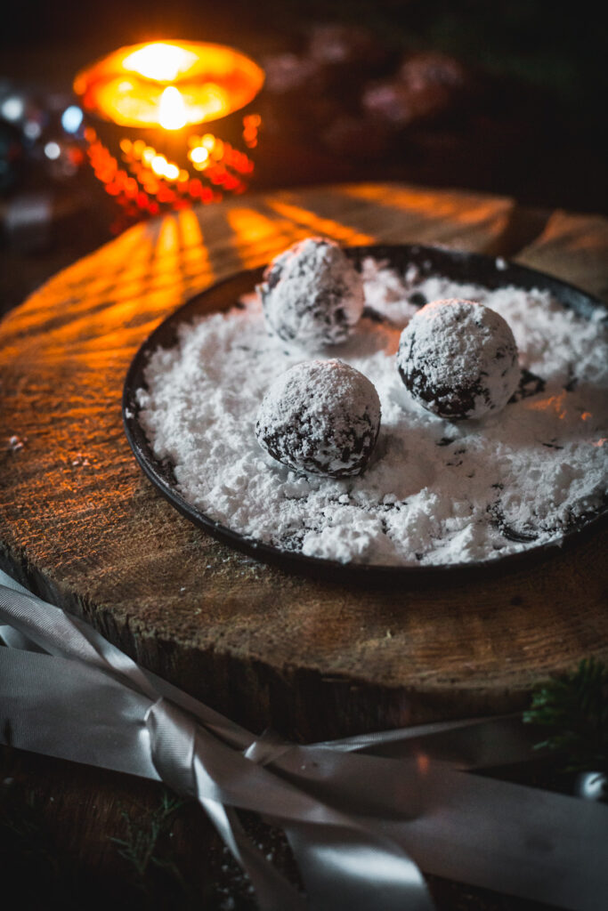 candle and date snowballs