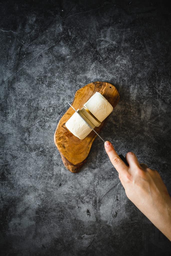 slicing halloumi cheese