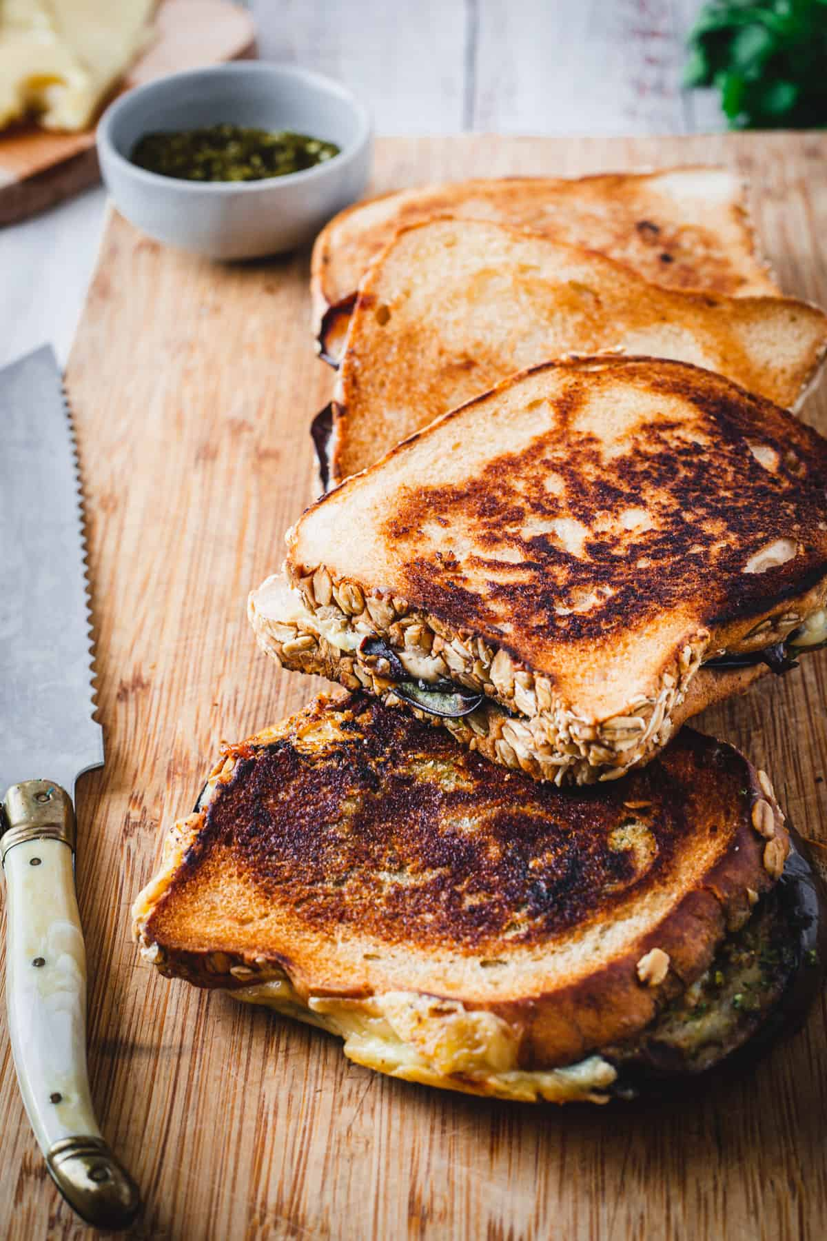 close up on grilled cheese