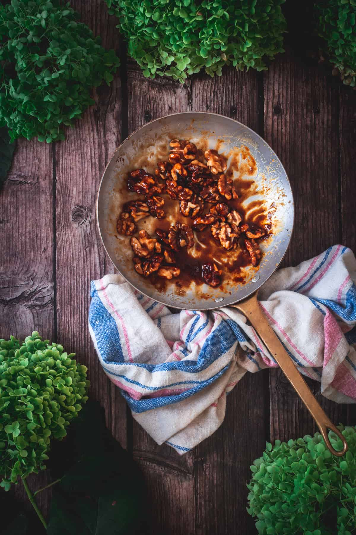 candied walnuts in pan
